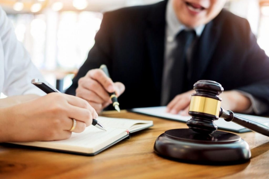 Things to expect from lawyers
